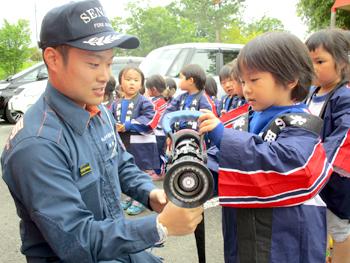 幼年消防任命式04